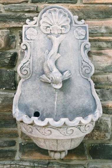 Wall Fish Fountain