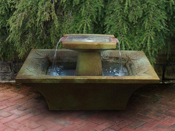 Art-Deco Fountain